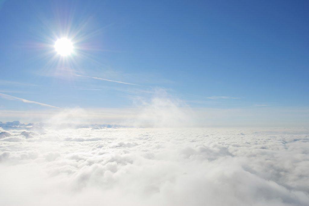 Kai medituoji, savyje atrandi giedrą dangų.